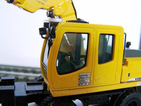 Liebherr A900C ZW (NZG)