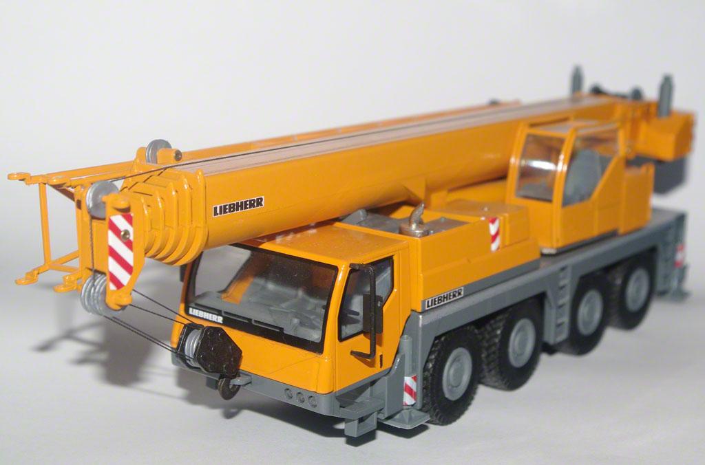 Liebherr LTM1070 (Conrad)
