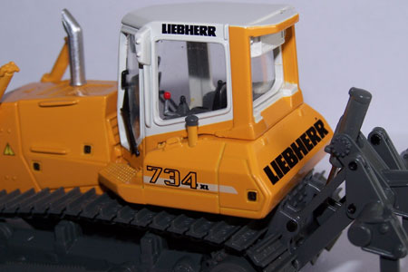 Liebherr PR734XL (Brami)